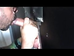 atraight twink get a blowjob in gloryhole